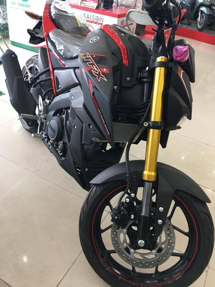 Yamaha TFX 150 màu đỏ