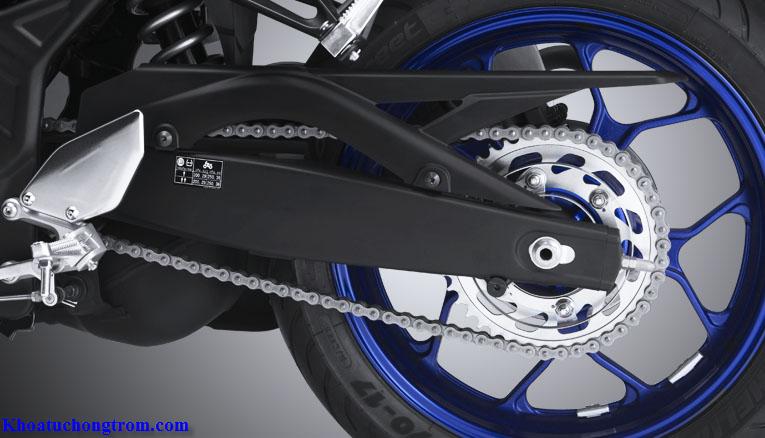Càng xe Yamaha R3